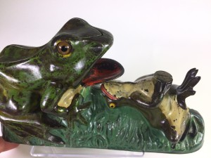 JE Stevens Frog cast iron toy Bank