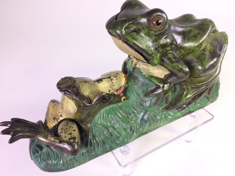 """Cast Iron """"Frog"""" mechanical bank in cast iron"""