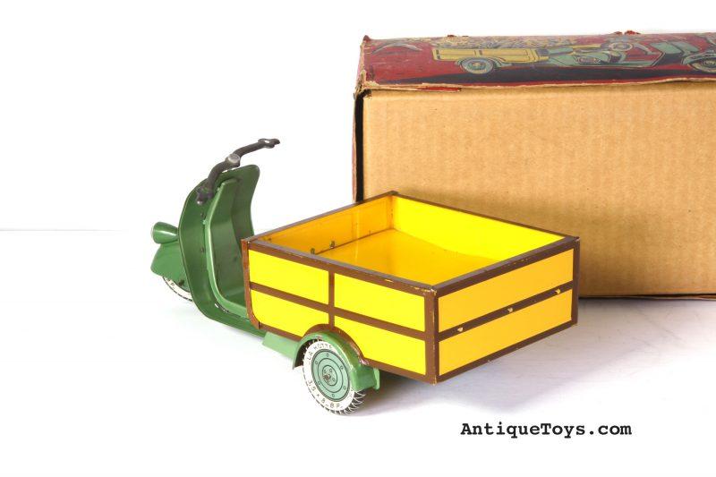 vespa-truck-tin-toy