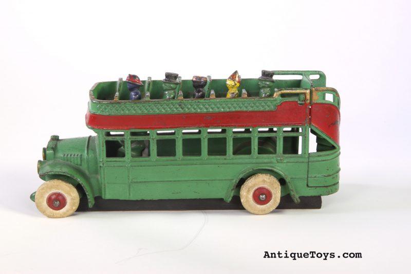Kenton-bus-cast-iron