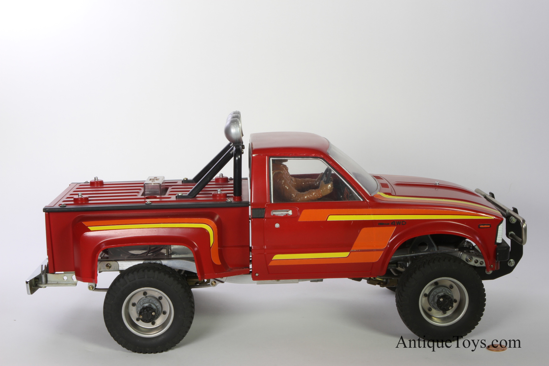 Tamiya Toyota Hilux R/C 4x4 Vintage 1981 *sold* - Antique Toys for Sale