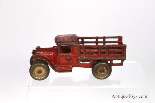 Cast-iron-stake-truck-cast-iron02