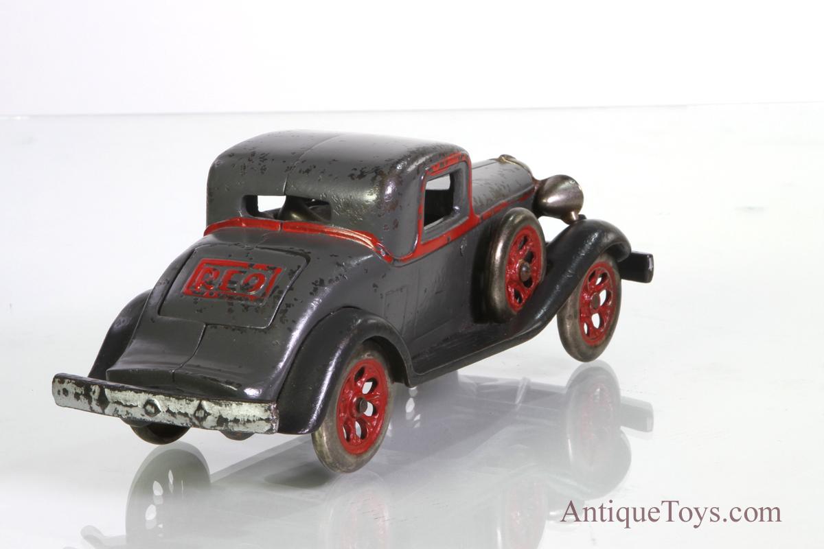 REO-Arcade-castiron-car06 - Antique Toys for Sale