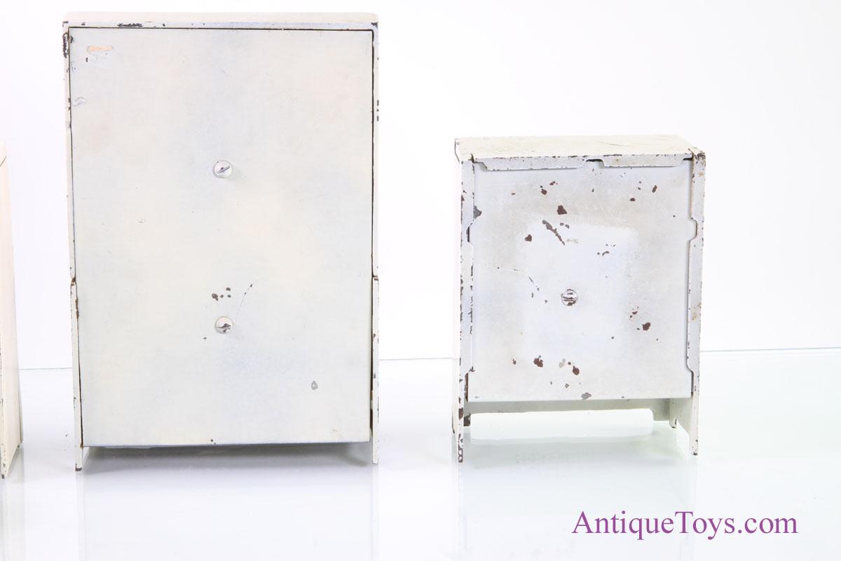 Arcade leonard acme and cast iron furniture for sale for Caste furniture