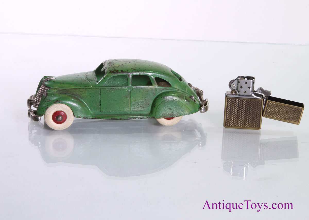 Hubley Lincoln Zephyr 7 14 Cast Iron Sold Antique Toys For Sale