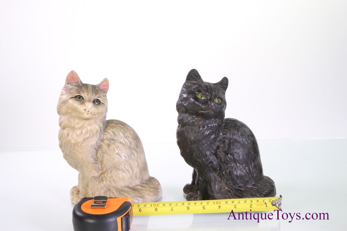 - Cast Iron Cats By Hubley- Sitting*sold - Antique Toys For Sale