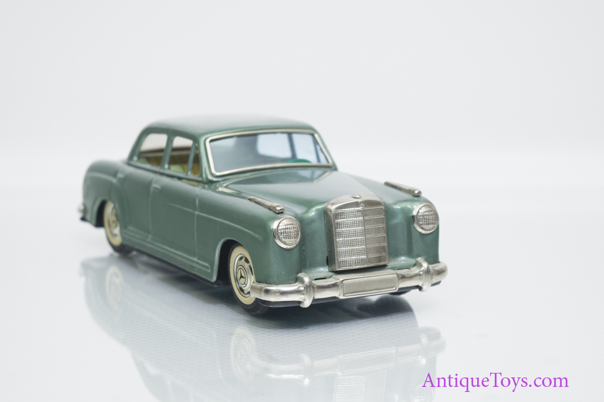 Bandai mercedes benz 219 sedan tin friction car antique for Mercedes benz truck toys